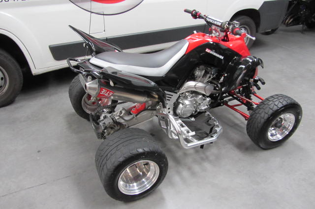 quad yamaha occasion 700 raptor supermotard yoshimura. Black Bedroom Furniture Sets. Home Design Ideas