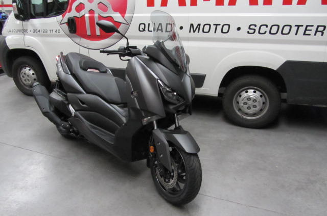 new scooter x max 400 abs 2018 yamaha cylindr e 400 cc. Black Bedroom Furniture Sets. Home Design Ideas